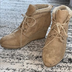 BKE tan suede lace up wedge booties